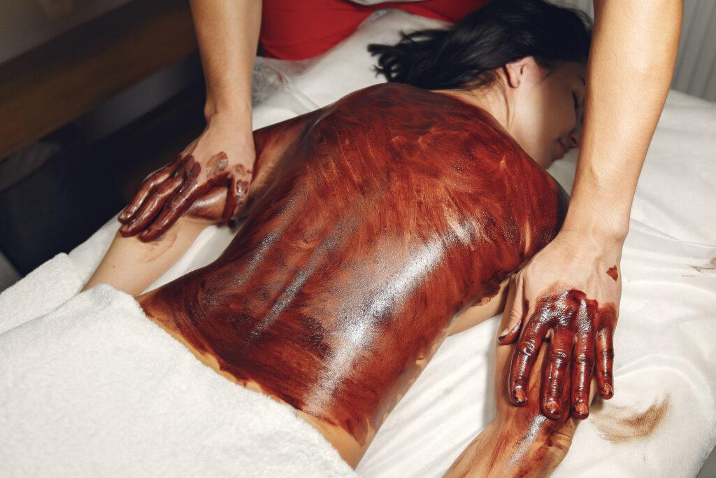 Masaż czekoladowy